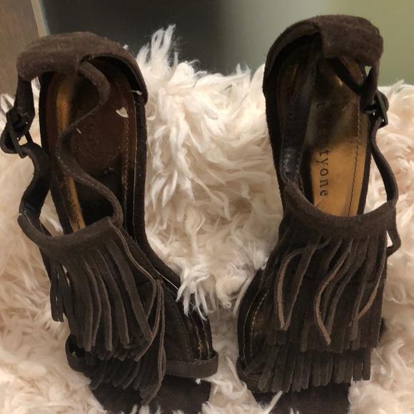 Twendy one Shoes - Cute fringed suede sandals/high heels